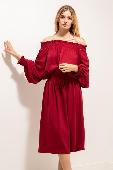 robe rouge la nuit face