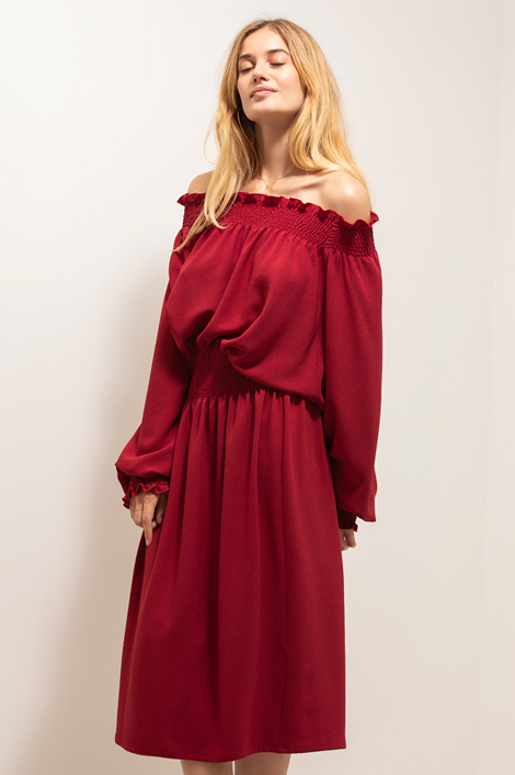 robe rouge la nuit
