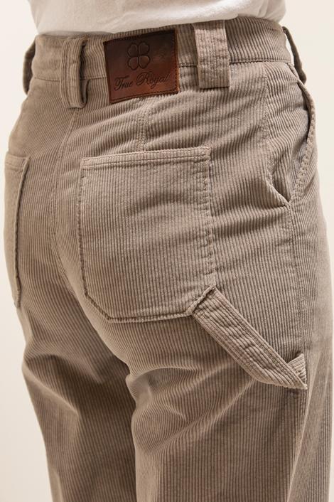 pantalon True Royal en velours milleraies gris détail poche arrière