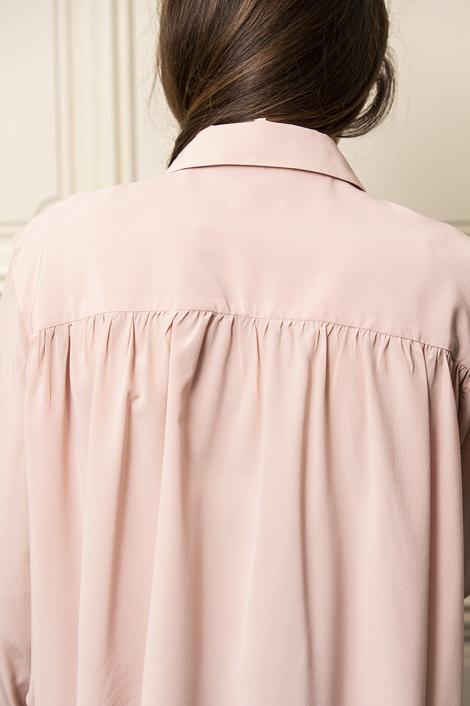 chemise lavalliere en soie rose poudré pour femme
