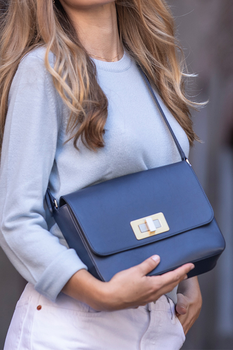 sac en cuir marine pour femme