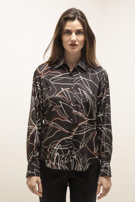 Chemise pour femme, noir avec motifs
