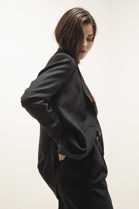 Veste d'homme pour femme en noire